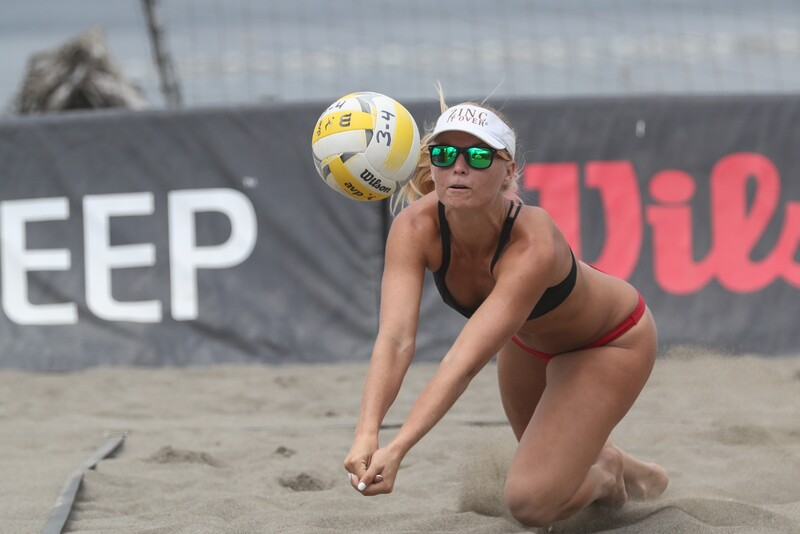 sand volleyball competition with leggings & bikini