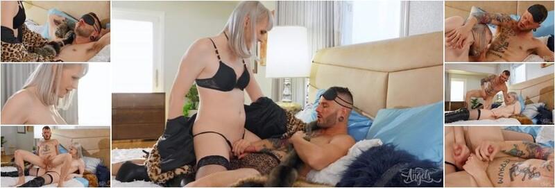 Lianna Lawson - Fake Fur Real Sexy (HD)