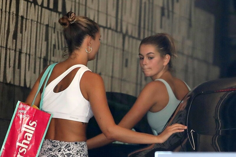 skinny babe Kaia Gerber in candid gym outfit