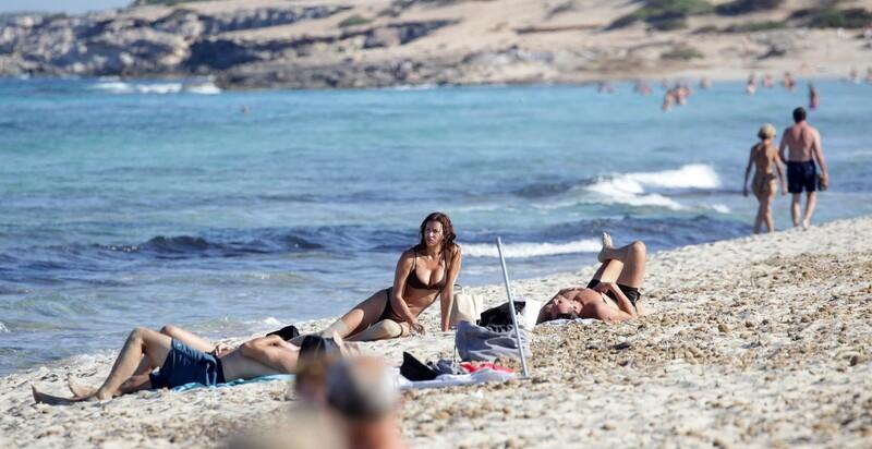 wet russian milf Irina Shayk in sexy brown bikini