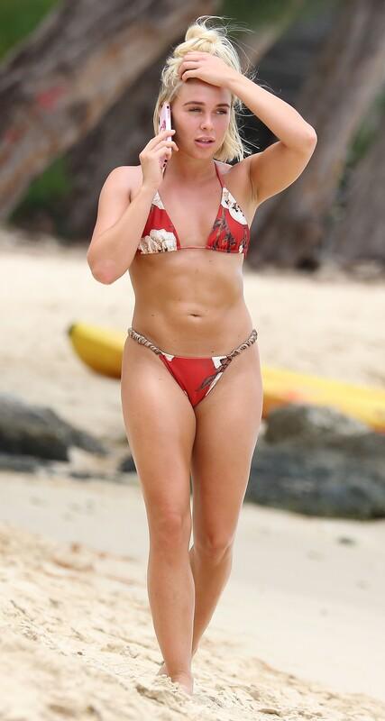 sporty beach girl Gabby Allen in sexy bikini