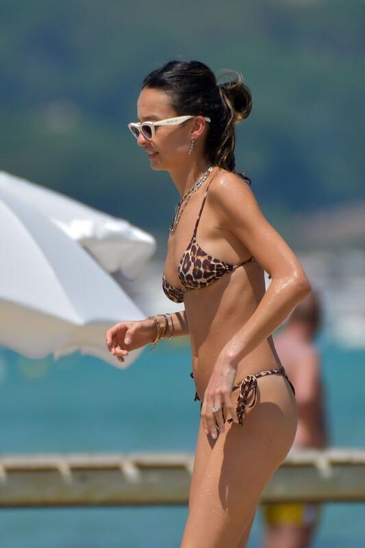 brunette chick Chloe Bartoli in leopard print bikini