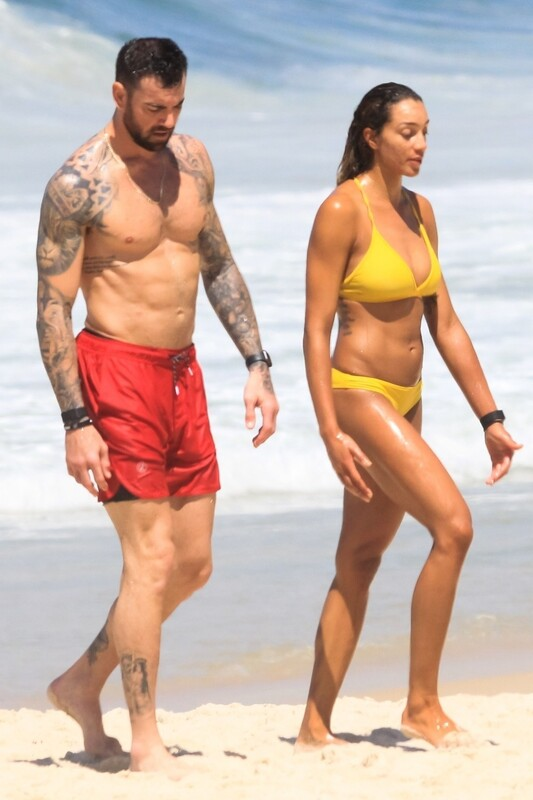 volleyball milfs Brandie Wilkerson & Heather Bansley in bikinis