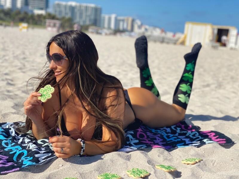 adorable babe Claudia Romani in black bikini