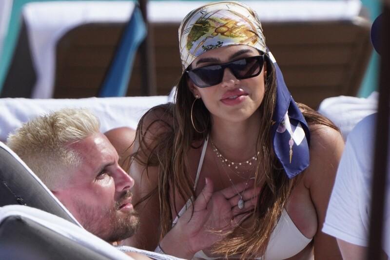 delicious babe Amelia Hamlin in white bikini