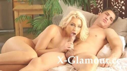Anikka Albrite - Long Night Good Morning (HD)